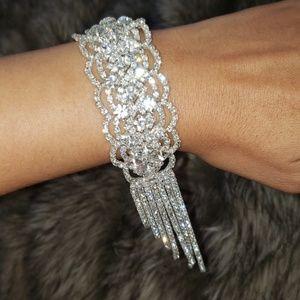 Jewelry - CZ Glamorous Sparkly Diamond Bracelet